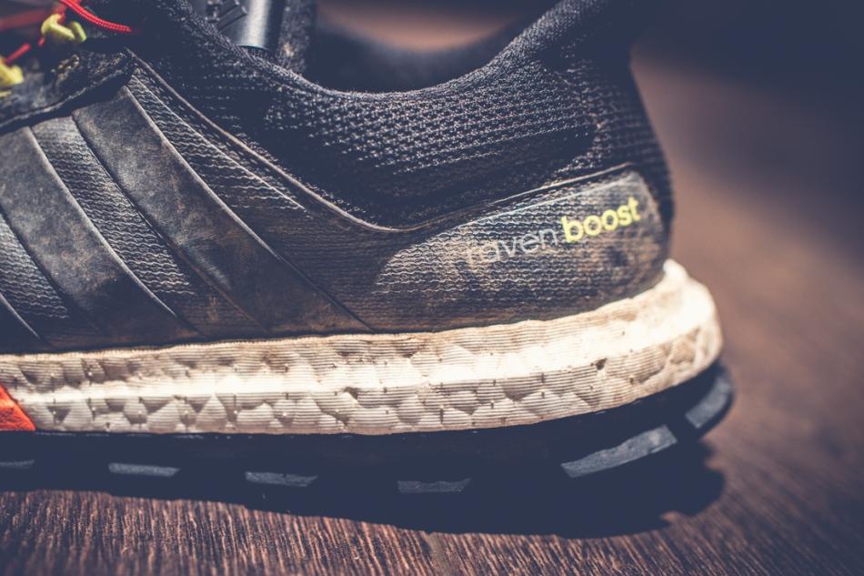 Adidas Raven Boost - välipohja